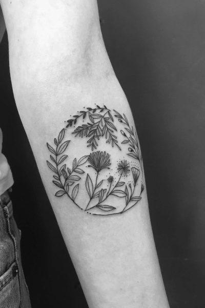 zelie-tatouage-bras-cercle